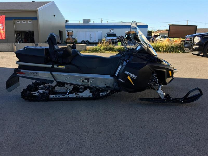 Ski-Doo EXPEDITION LE 600 E-TEC 2015