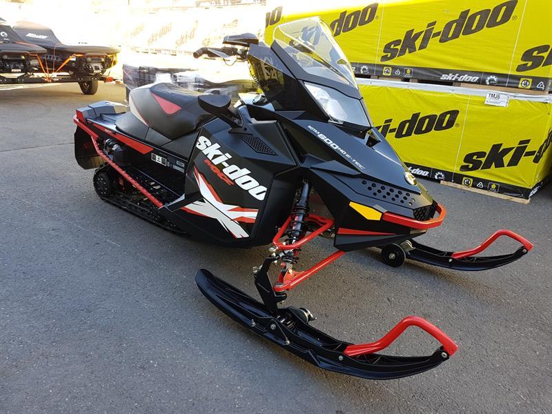 Ski-Doo MXZ X 600 HO E-TEC 2011