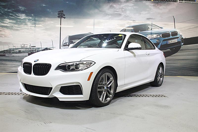 BMW 2 Series 2017 230i xDrive Coupe #U4203