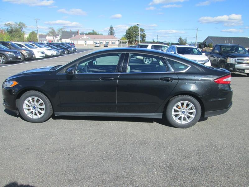 2015 Ford Fusion 4dr Sdn S FWD #17V554A