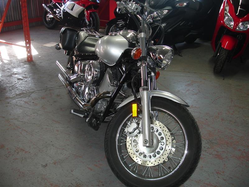 Yamaha V-Star 1100 2002