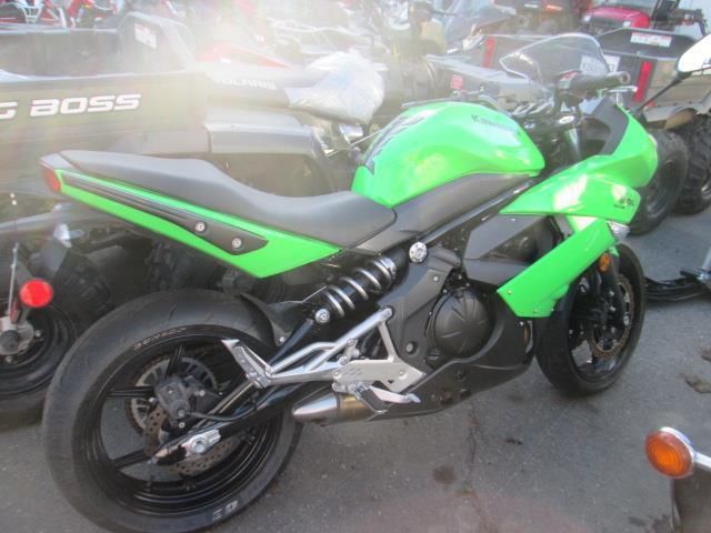 Kawasaki Ninja 400R 2011
