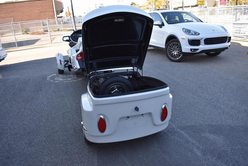 remorque pour moto trekker 2009 occasion vendre laval lajeunesse moto sport lt e. Black Bedroom Furniture Sets. Home Design Ideas