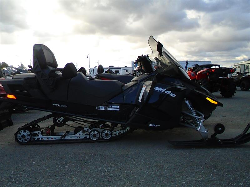 Skidoo Grand Touring LE 900 2014