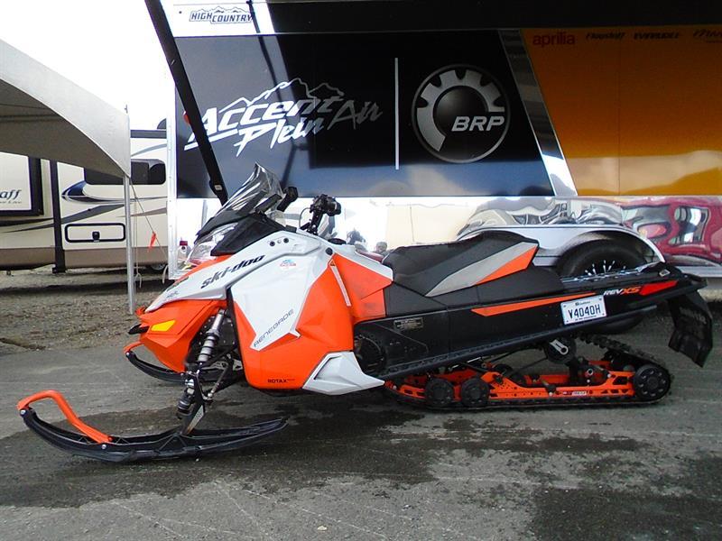 Skidoo Renegade Adrenaline 900 2015