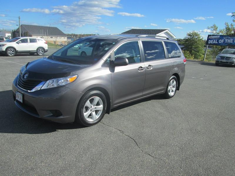 2013 Toyota Sienna 5dr V6 LE FWD #17P573A