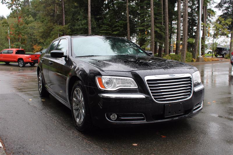 2013 Chrysler 300 4dr Sdn Touring RWD #11220B