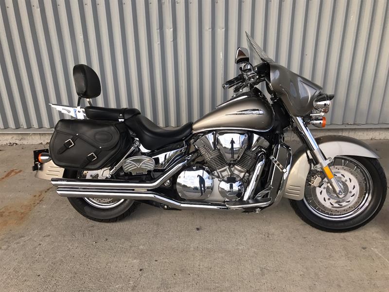 Honda VTX1300S 2004 VTX1300S #100512