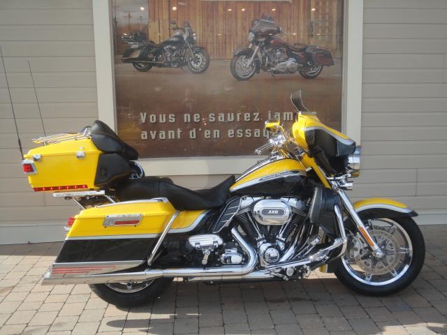 Harley Davidson FLHTCUSE 2012