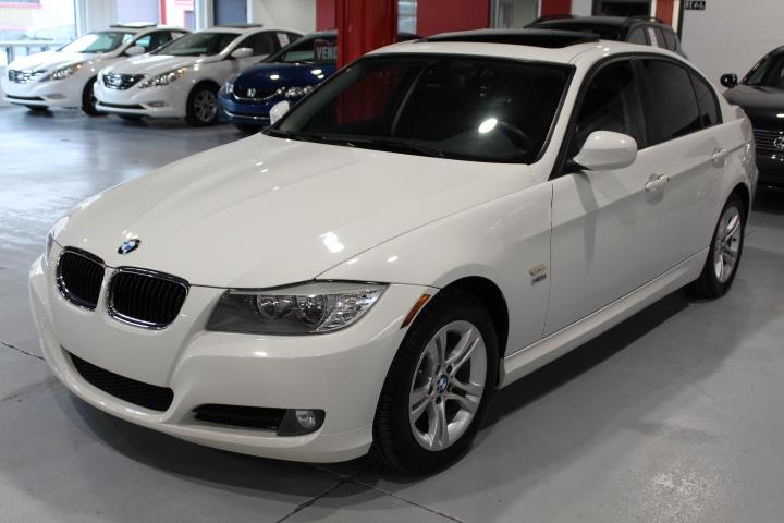 BMW 3-Series 2011 328I XDRIVE 4D Sedan #0000000330