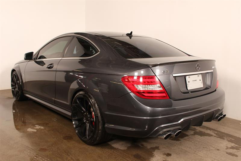 mercedes benz c class c63 amg liquidation 2012 occasion vendre montr al chez circuit. Black Bedroom Furniture Sets. Home Design Ideas