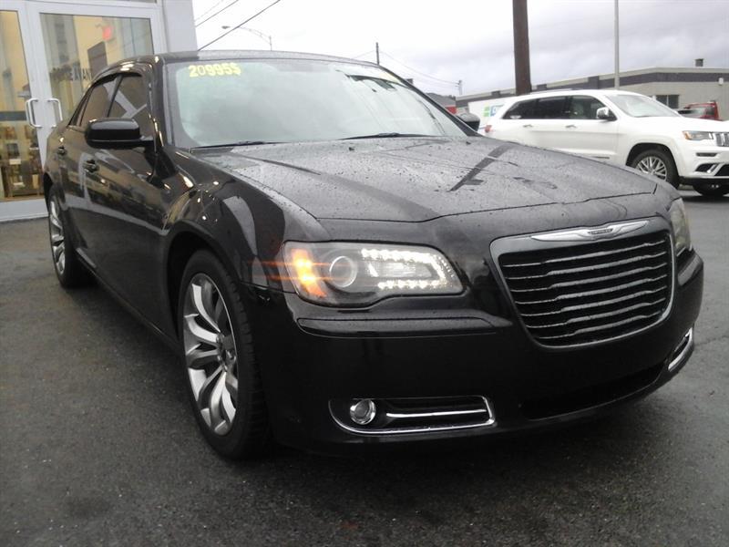 Chrysler 300 2014 S ( CUIR, TOIT PANO, BEATS AUDIO) #37312B