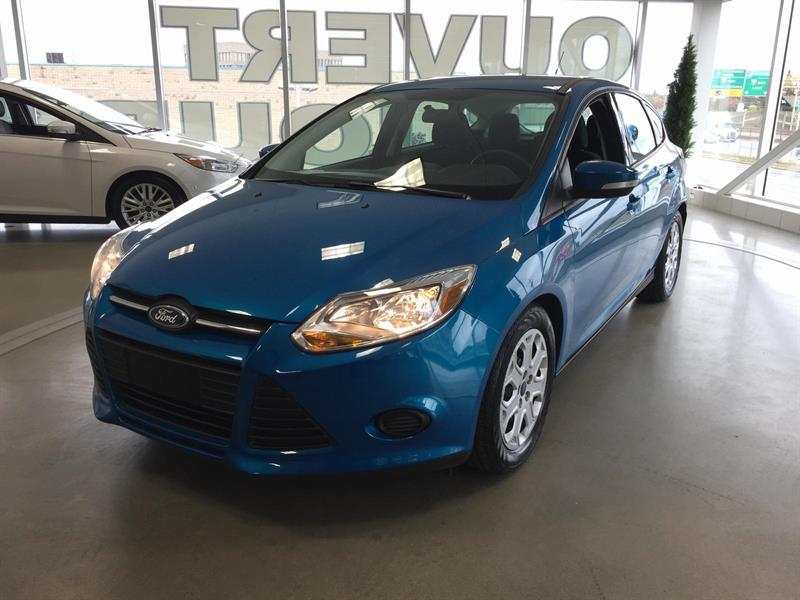Ford Focus SE 2014 #M7702A