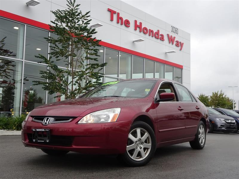2005 Honda Accord EX V-6 Sedan AT with Navigation System and XM Radi #17-100B