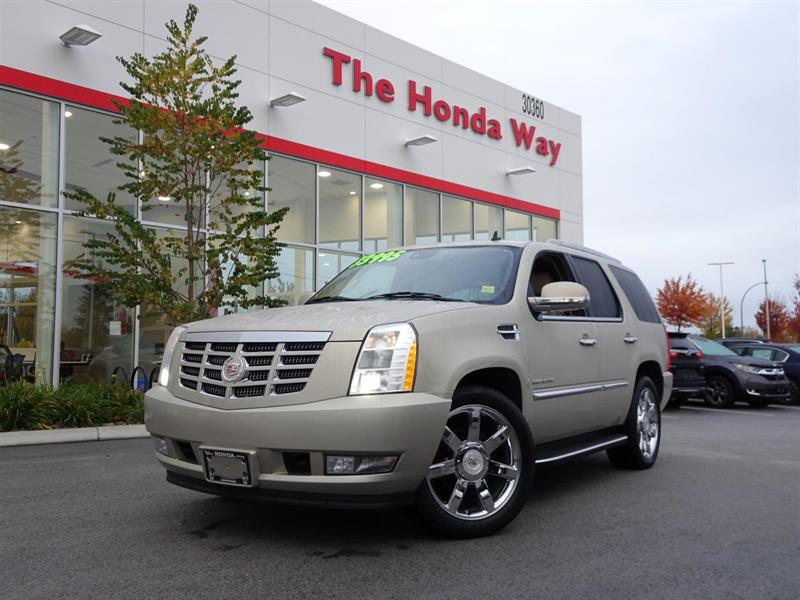 2011 Cadillac Escalade AWD Luxury #18-43A