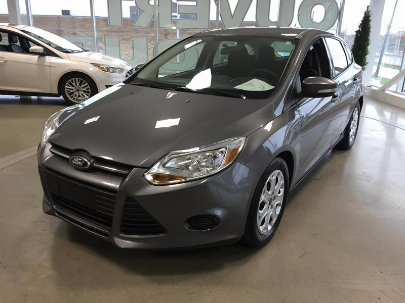 Ford Focus SE 2013 #M7673A