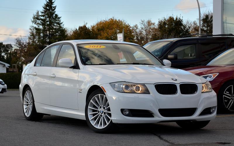 BMW 3-Series 2011