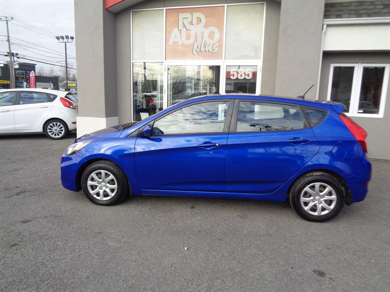 Hyundai Accent 2012 5dr HB GL AUTOMATIQUE***BLUETOOTH*** #9296