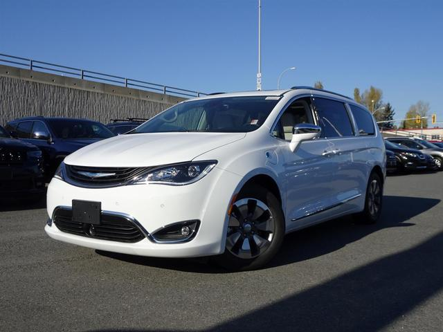 2018 Chrysler Pacifica Hybrid Limited #18M2