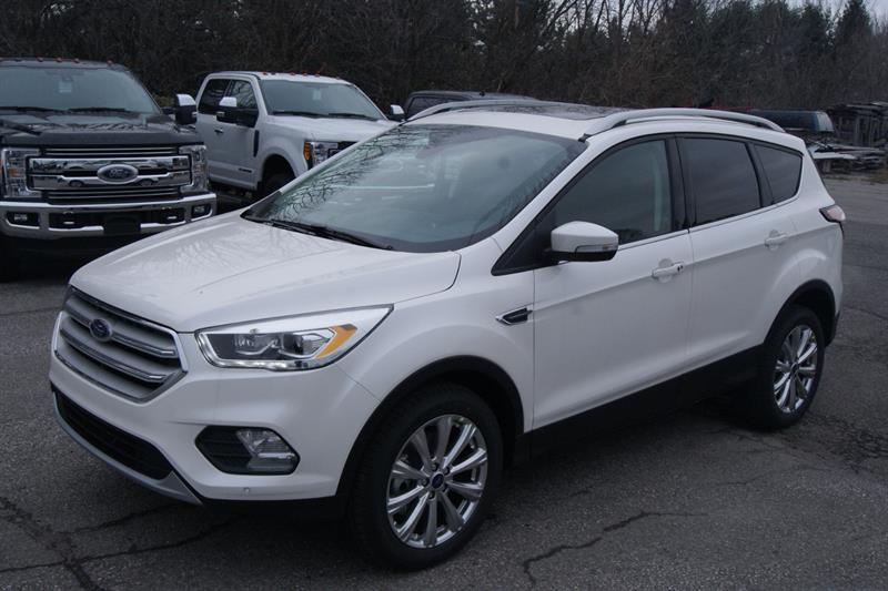 Ford Escape 2018 TITANIUM #18521