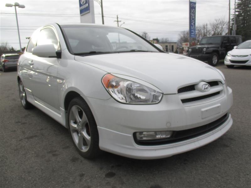 Hyundai Accent 2009 GL Sport DÉMARREUR DISTANCE, TOIT, A/C, MAGS #A-2637