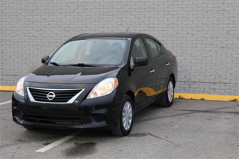 Nissan Versa 2012 SV--AUTOMATIQUE-- AIR CLIMATISÉ-- #J0081A