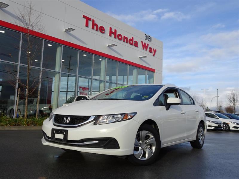 2014 Honda Civic LX Sedan / Warranty until 2021 or 160,000 #17-981A