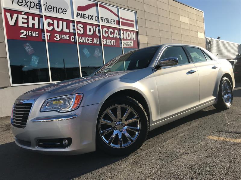 Chrysler 300 2012 V8+300C+TOIT+NAV+CUIR+2 SET PNEU+WOW! #18122A