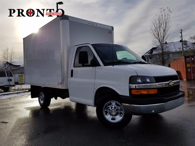 Chevrolet Express Commercial Cutaway 2011 Cube 12 pieds ** Extra propre ** #3492