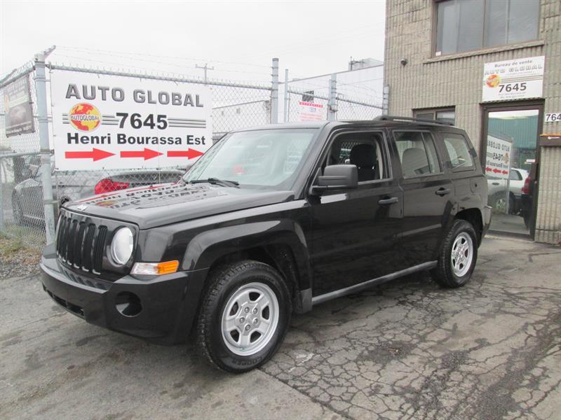 Jeep Patriot 2010 FWD, AUTOMATIQUE, AIR, CHAUSSER EN HIVER! #17-1264