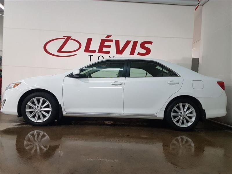 Toyota Camry 2014 XLE GPS TOIT #11329A-37