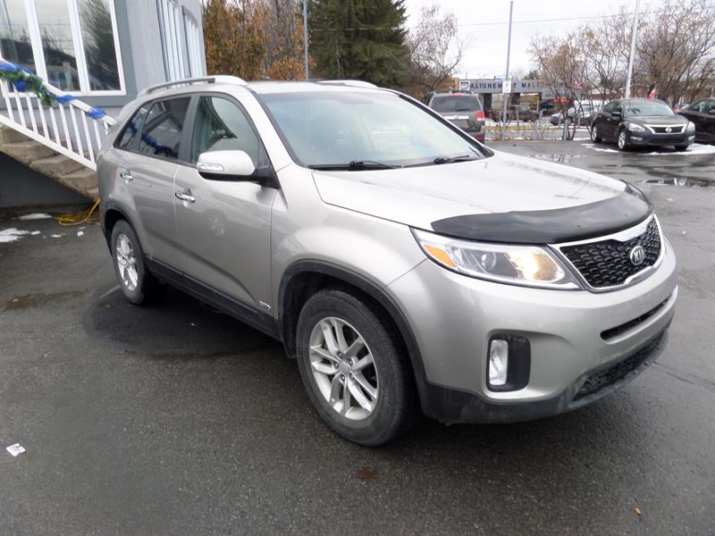 kia sorento awd 4dr i4 gdi auto 2014 occasion vendre terrebonne chez les sp cialistes du. Black Bedroom Furniture Sets. Home Design Ideas