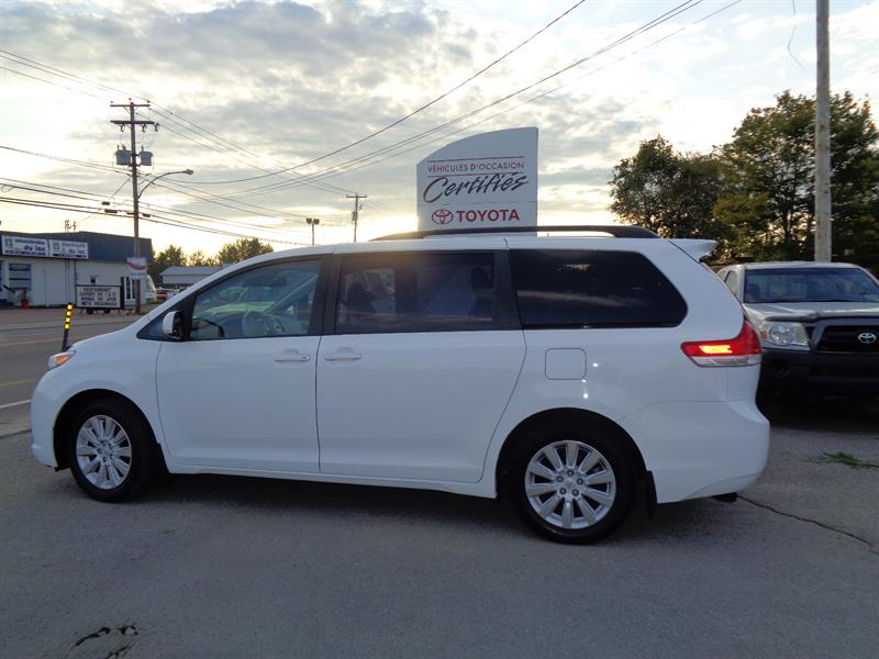 Toyota Sienna 2015 5dr LE 7-Pass AWD #11202A