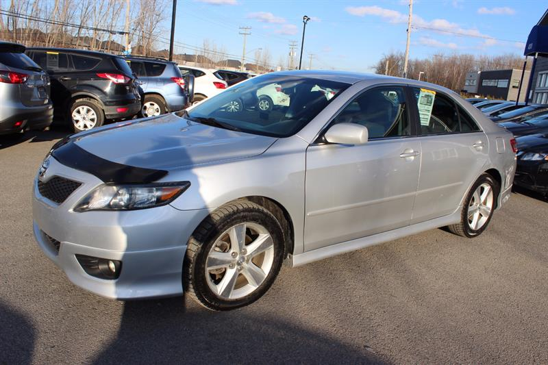 Toyota Camry 2010 LE  #A4306
