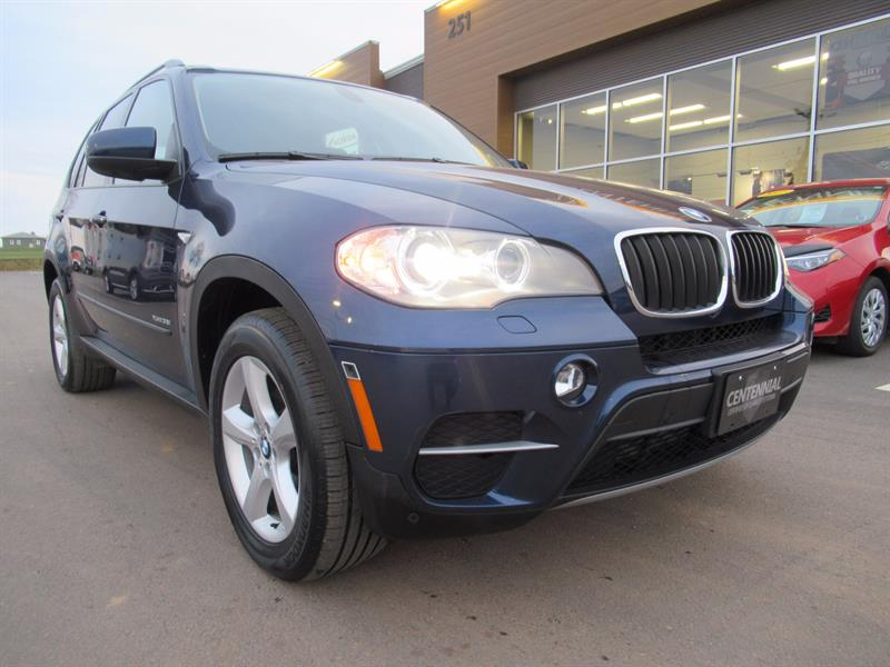 2012 BMW X5 35i | AWD | 360 View Camera | Pano Sunroof #U426