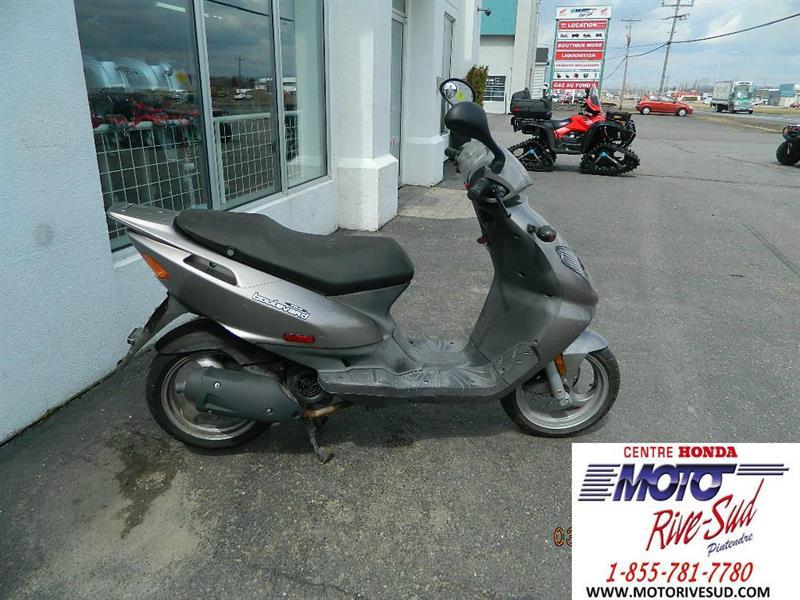 Derbi Boulevard 150 2003 SCOOTER #M870