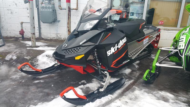 Ski-Doo RENEGADE 2017
