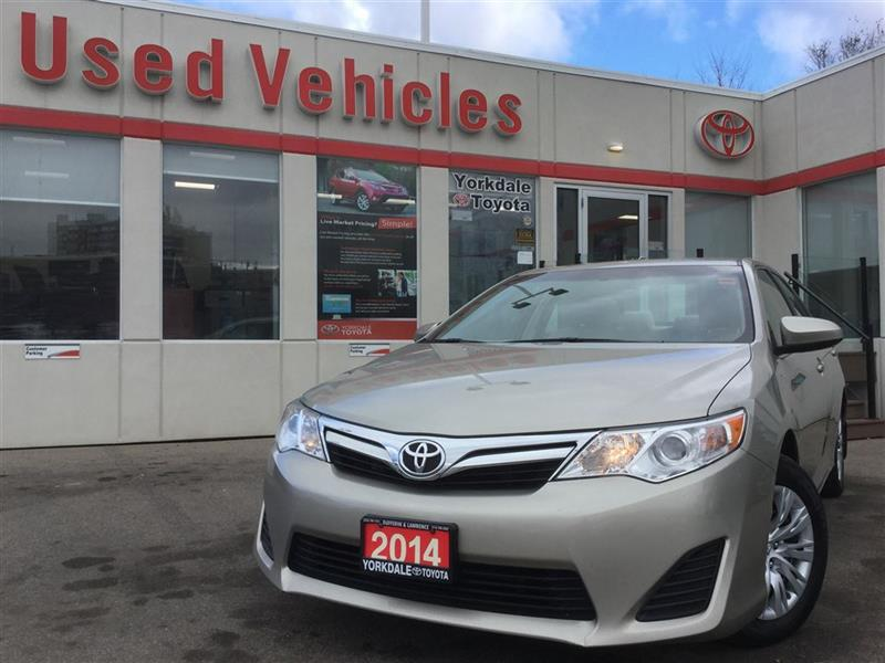 2014 Toyota Camry LE- BLUETOOTH, BACKUP CAM, KEYLESS ENTRY, USB/AUX #C6819