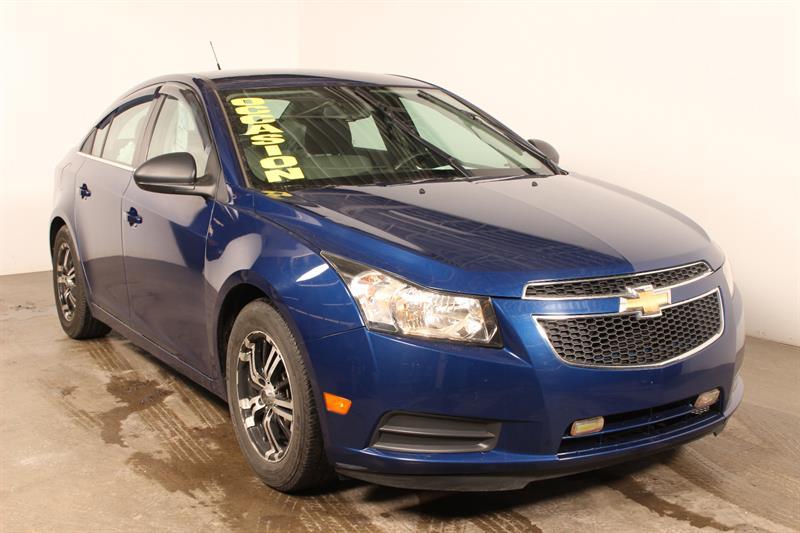 Chevrolet Cruze 2012  Sdn LS ** 102$ / 2 Semaines ** #u3312a