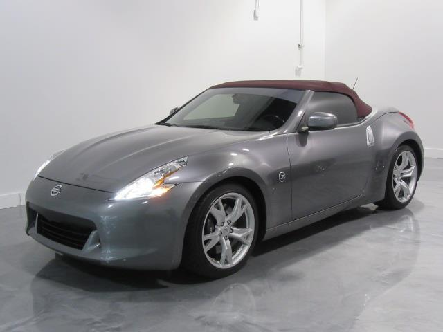 Nissan 370Z 2011 Roadster Touring Top #0458874