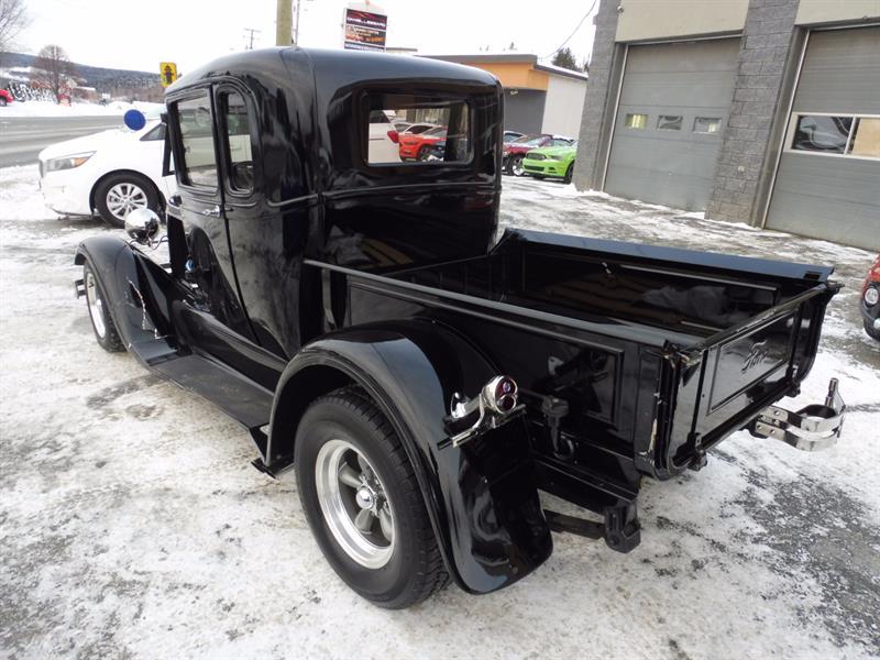 ford model a model a hotrod automatique pas vga 1928 occasion vendre notre dame des pins. Black Bedroom Furniture Sets. Home Design Ideas