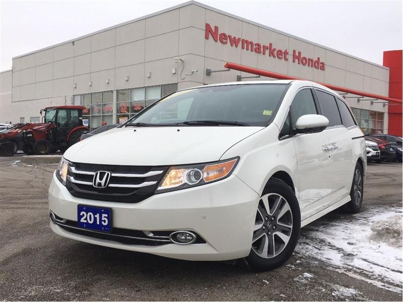 2015 Honda Odyssey Touring w/RES & Navi #18-183A