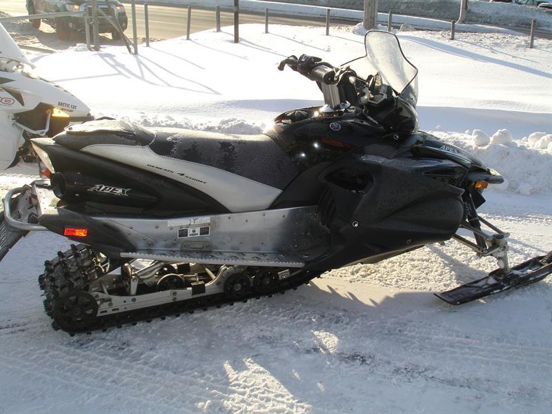 Yamaha Apex SE 2011
