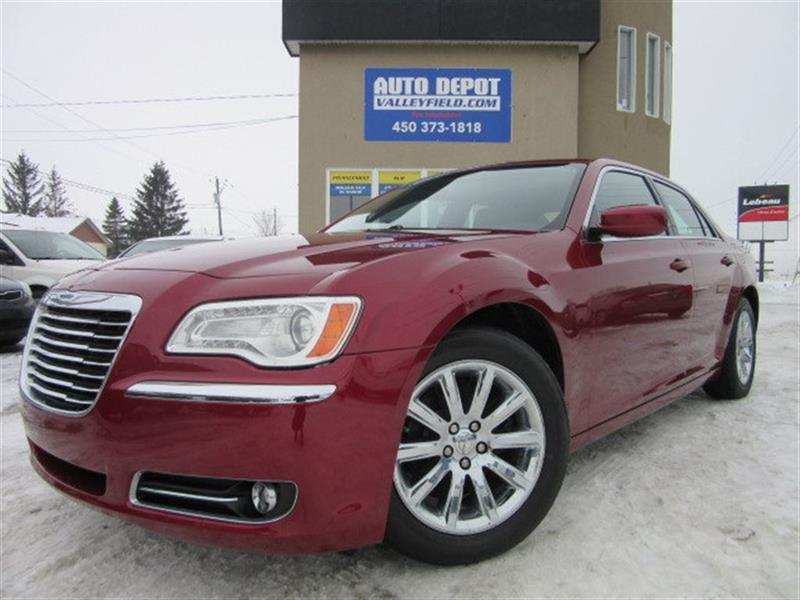 Chrysler 300 2013 LIMITED CUIR, TOIT PANO, MAGS #P0771