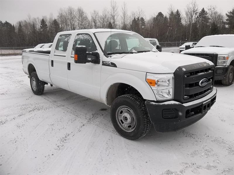 Ford F-350 SUPER DUTY 2015 XL 4X4 CREW-CAB