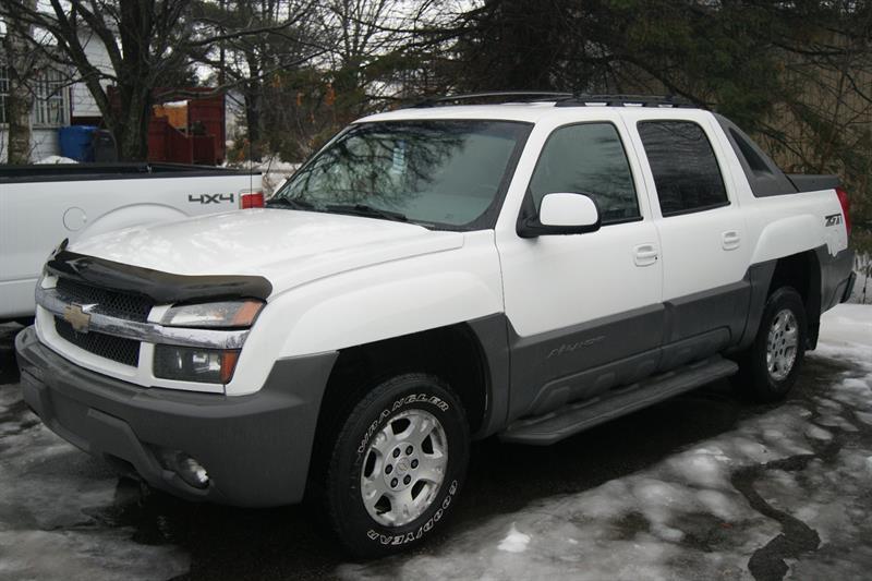 Chevrolet Avalanche 2002 1500 #18532B