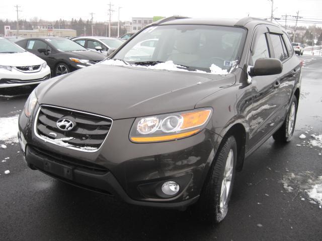 2011 Hyundai Santa Fe GL #H307A