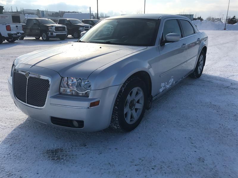 Chrysler 300 2005 4dr Sdn 300 RWD #u0215a