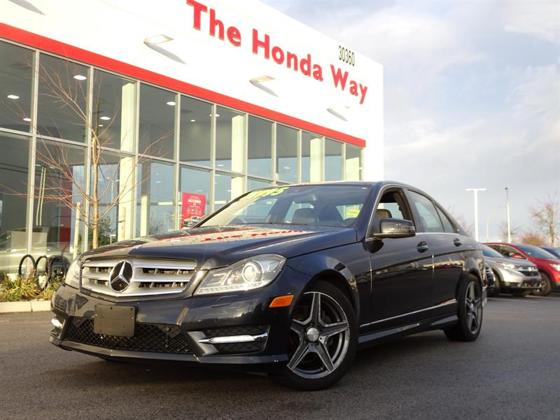 2012 Mercedes-Benz C300 C300 4MATIC Luxury Sedan #18-260A