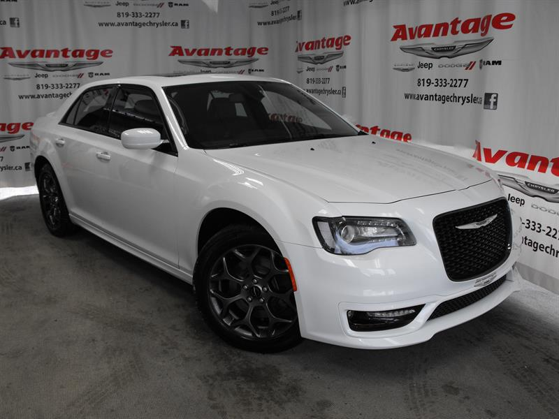 Chrysler 300 2017 4dr Sdn 300S AWD #0842